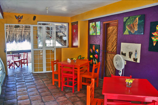 La Mora Posada Café
